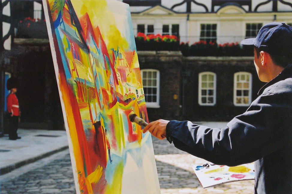 Stephen B. Whatley painting Queens House in 2000 - one of 30 paintings commissioned by the Tower of London.
